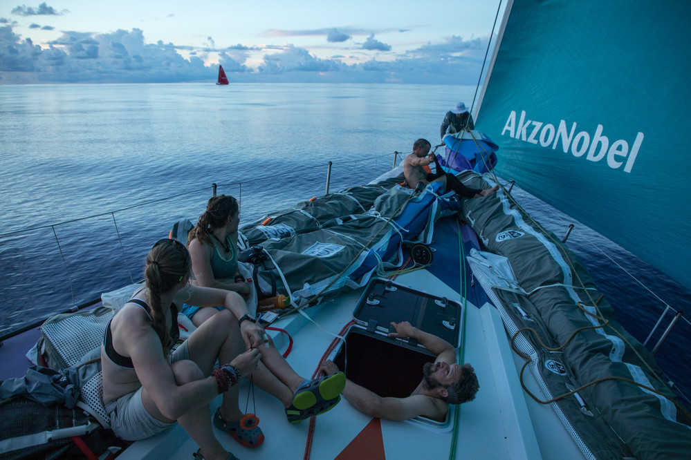 Leg 4, Melbourne to Hong Kong, day 09AkzoNobel going nowhere fast in the doldrums as the entire fleet condenses. Race reset. Photo by Sam Greenfield/Volvo Ocean Race. 10 January, 2018. on board AkzoNobel going nowhere fast in the doldrums as the entire fl